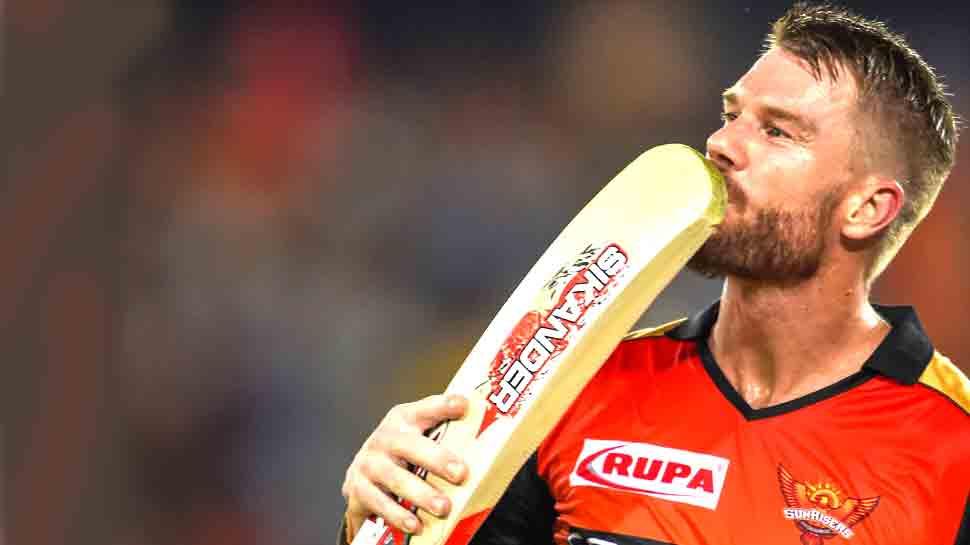 VIDEO: IPL में आखिरी मैच खेलने और स्वदेश लौटने से पहले भावुक हुए डेविड वार्नर, कही यह बात...