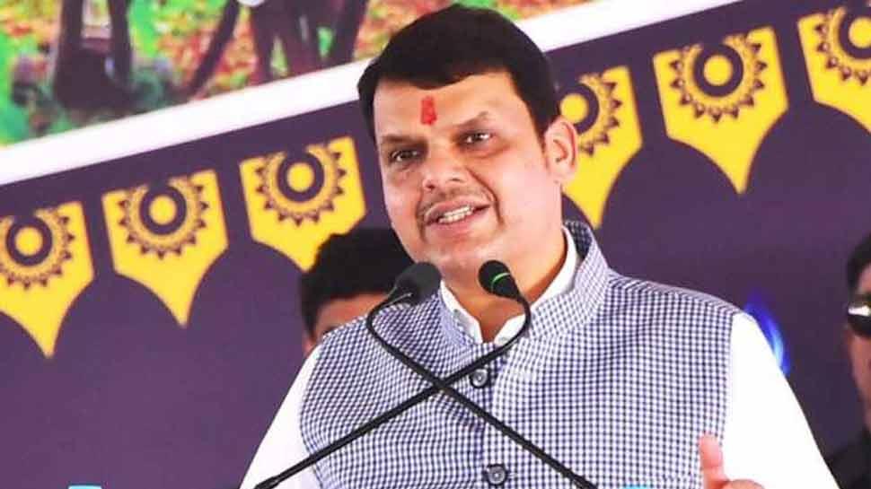 महाराष्ट्र: फडणवीस ने सूखे से निपटने के लिए आचार संहिता में ढील का किया अनुरोध