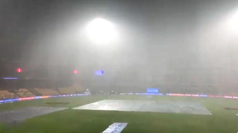 IPL 2019: बारिश के कारण राजस्थान-बेंगलुरु मैच में देरी, कटऑफ टाइम 11:30 तक