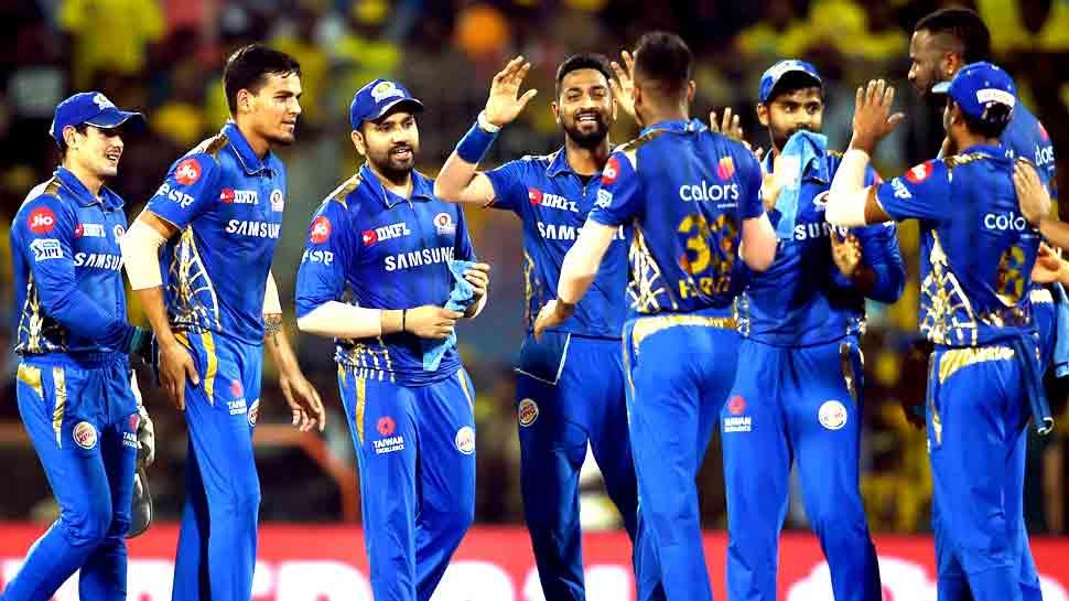 IPL-12: हैदराबाद को सुपर-ओवर में हराकर प्लेऑफ में पहुंचा मुंबई, अब नंबर-1 के लिए चेन्नई से जंग