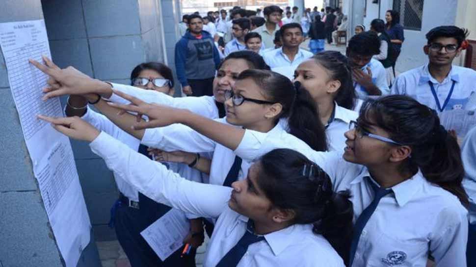 CBSE Class 10th Result 2019 :10वीं में सिद्धांत पेंगोरिया बनें टॉपर, 13 छात्रों को मिले 499 नंबर