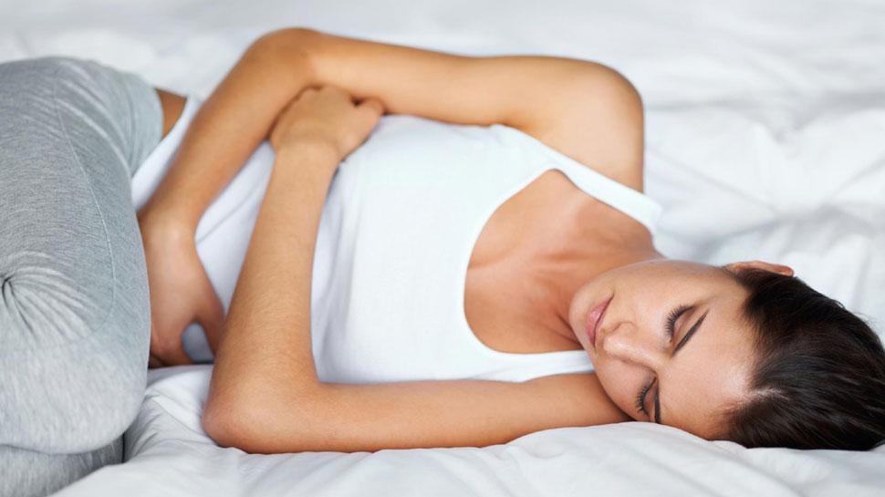 'उन दिनों' में होने वाले पेट दर्द से हो जाती हैं परेशान, तो ये करें घरेलू उपचार