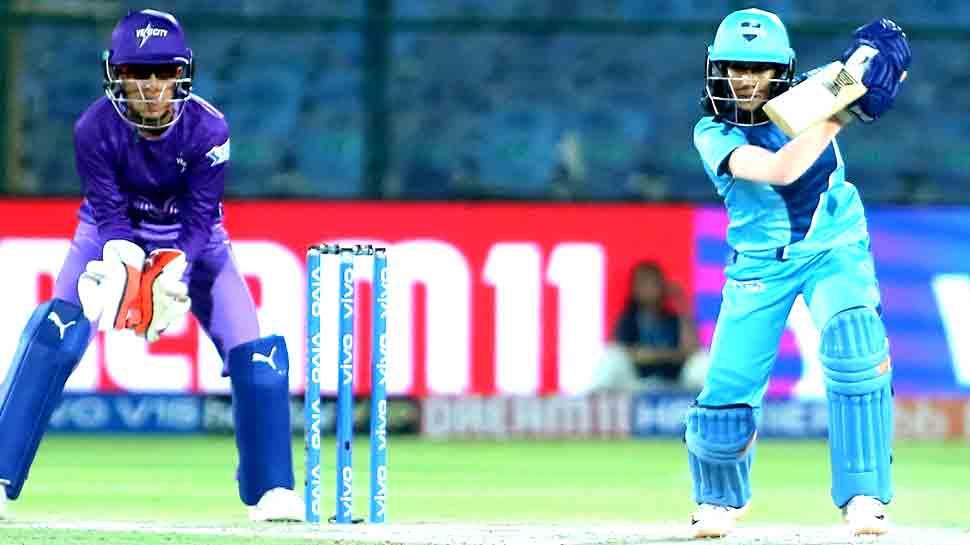 T20 Challenge: हरमन की 'सुपरनोवाज' ने मिताली की 'वेलोसिटी' को हराया, फाइनल में पहुंची