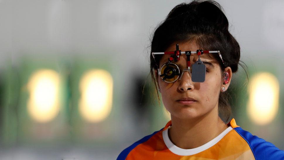 VIDEO: 17 साल की विश्व चैंपियन शूटर की अपील- मैं वोट नहीं डाल सकती, पर आप जरूर डालें...
