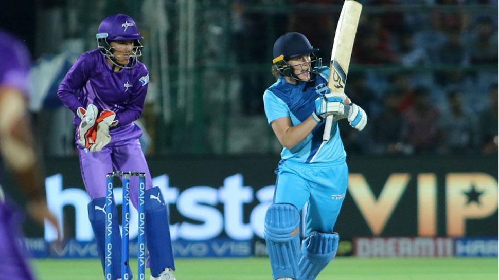 महिला टी-20: आखिरी गेंद तक रहा रोमांच, फाइनल में सुपरनोवाज ने वेलोसिटी को दी मात