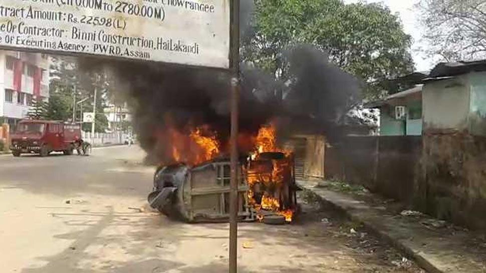 असम: सड़क पर नमाज़ अदा की, दो गुटों के बीच भड़का दंगा, रविवार शाम तक कर्फ्यू
