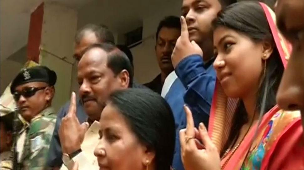 झारखंड के चार सीटों पर 5 बजे तक 64.62 फीसदी मतदान, जमशेदपुर में सबसे अधिक वोटिंग