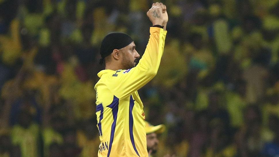 I#IPL2019Final: हैदराबाद के होटल स्टाफ से नाराज हुए हरभजन, ट्विटर पर निकाली भड़ास