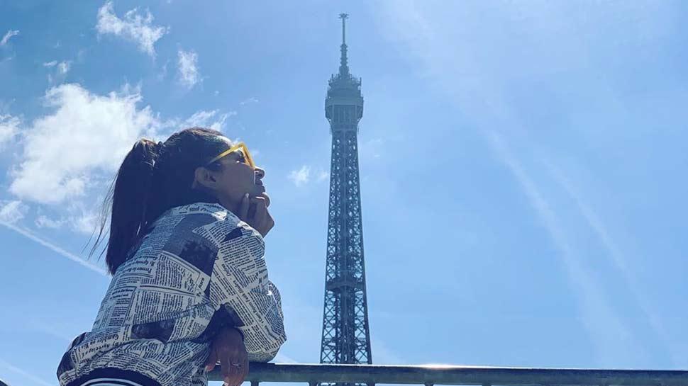 हिना खान पेरिस में बॉयफ्रेंड के साथ मना रही हैं हॉलीडे, इसलिए वायरल हो रही हैं PHOTOS
