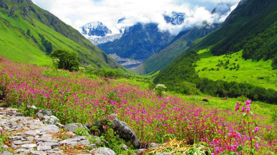 पर्यटक 1 जून से कर सकेंगे फूलों की घाटी की सैर, जमी हुई है मोटी बर्फ