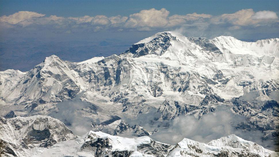नेपाल में दो और भारतीय पर्वतारोहियों की मौत, अन्य लापता