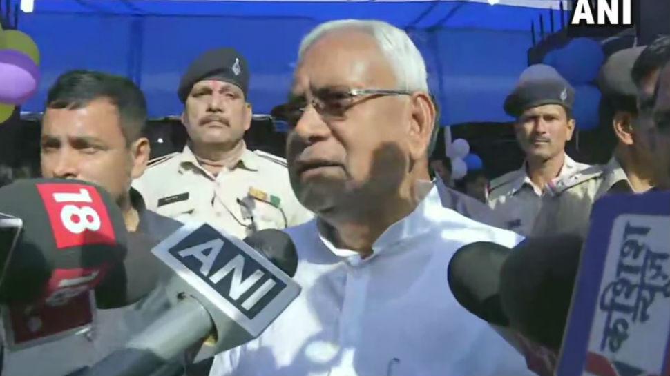 पटना: नीतीश कुमार ने लंबी मतदान प्रक्रिया पर उठाए सवाल, कहा कुछ ऐसा