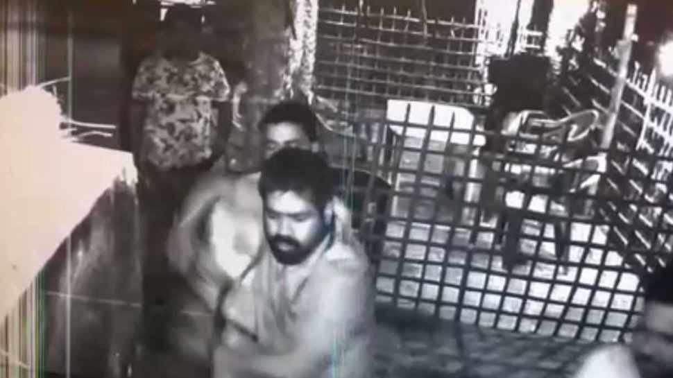 BJP विधायक के बेटे ने ढाबे में मचाया उत्पात, रिवॉल्वर लहराई और जमकर की तोड़फोड़