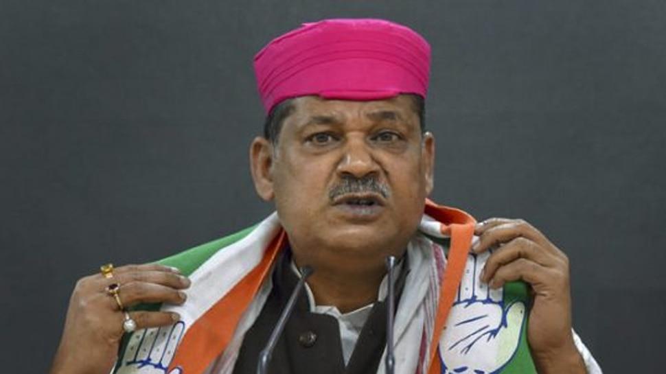 कीर्ति आजाद : BJP छोड़ कांग्रेस में शामिल हुए, धनबाद सीट से लड़ रहे हैं चुनाव