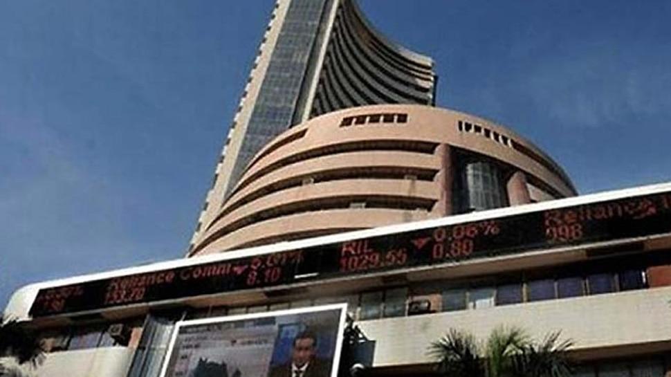 मुनाफावसूली से शेयर बाजार में गिरावट, सेंसेक्स 383 अंक टूटा
