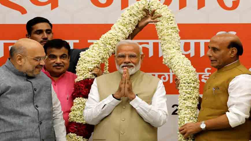 प्रचंड जीत के बाद पीएम मोदी का पहला ट्वीट, 'सबका साथ + सबका विकास + सबका विश्वास = विजयी भारत'