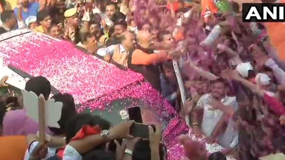 विजय जुलूस के साथ BJP मुख्यालय पहुंचे अमित शाह, शाम 6 बजे राष्ट्र को संबोधित करेंगे PM मोदी