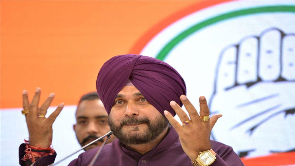 नवजोत सिंह सिद्धू बोले, 'जनता की आवाज भगवान की आवाज होती है, BJP को बधाई'