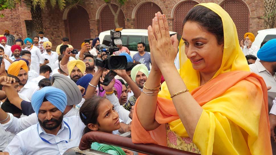 VIDEO: एनडीए की प्रचंड और पार्टी की जीत की खुशी में नाचीं केंद्रीय मंत्री हरसिमरत कौर
