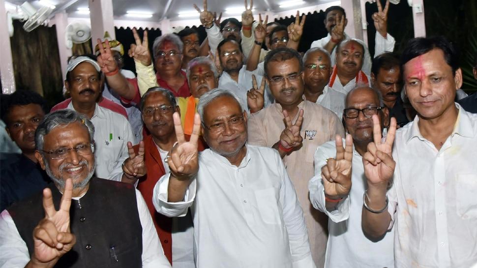 लोकसभा चुनाव : बिहार में मोदी की 'सुनामी', 40 में से 39 सीटों पर NDA ने लहराया जीत का परचम