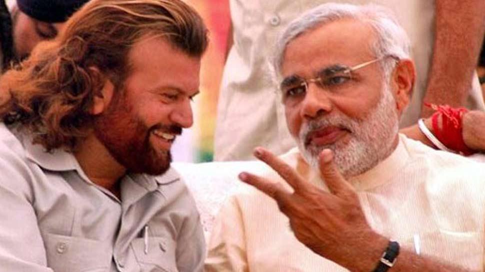 हंसराज हंस ने आप पार्टी को किया पस्त, PM मोदी को दिया जीत का श्रेय