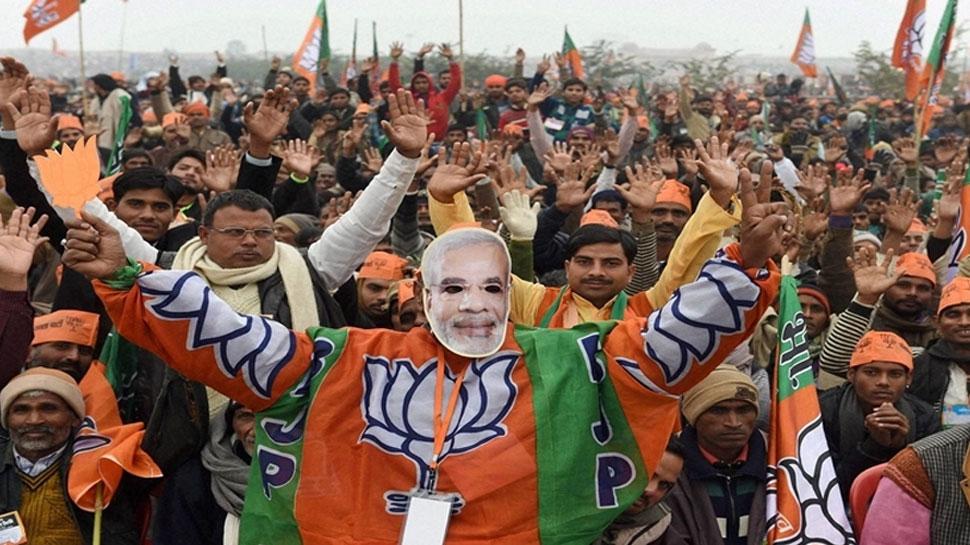 ममता के गढ़ में लेफ्ट का नहीं खुला खाता, बीजेपी ने लहराया भगवा, 42 में से 18 सीटें जीती