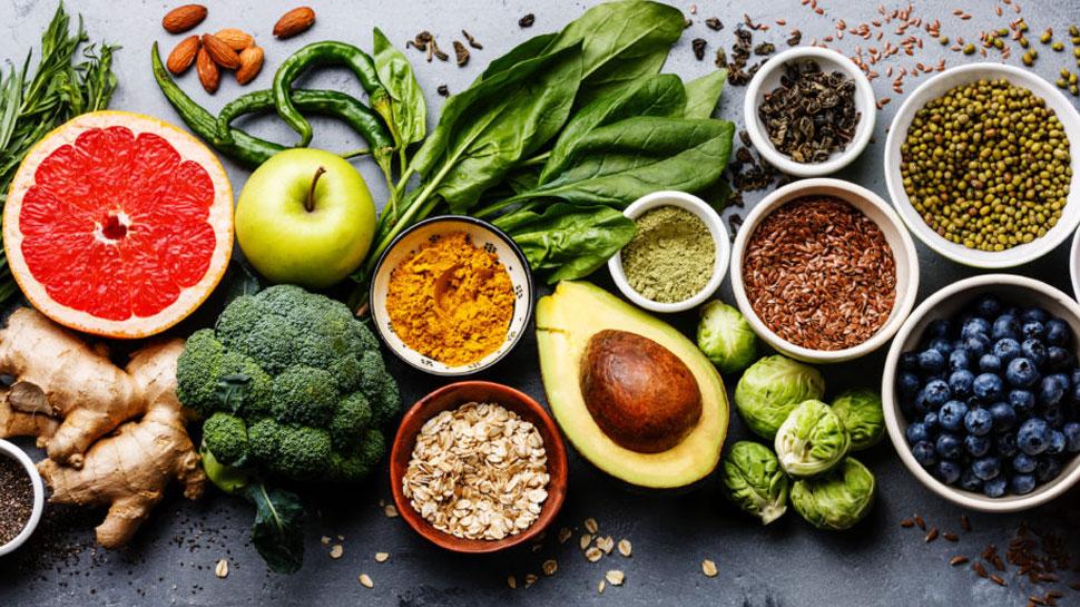 क्या आपको मिल रहा है पर्याप्त पोषण? जानें क्या खाना है आपकी सेहत के लिए सही