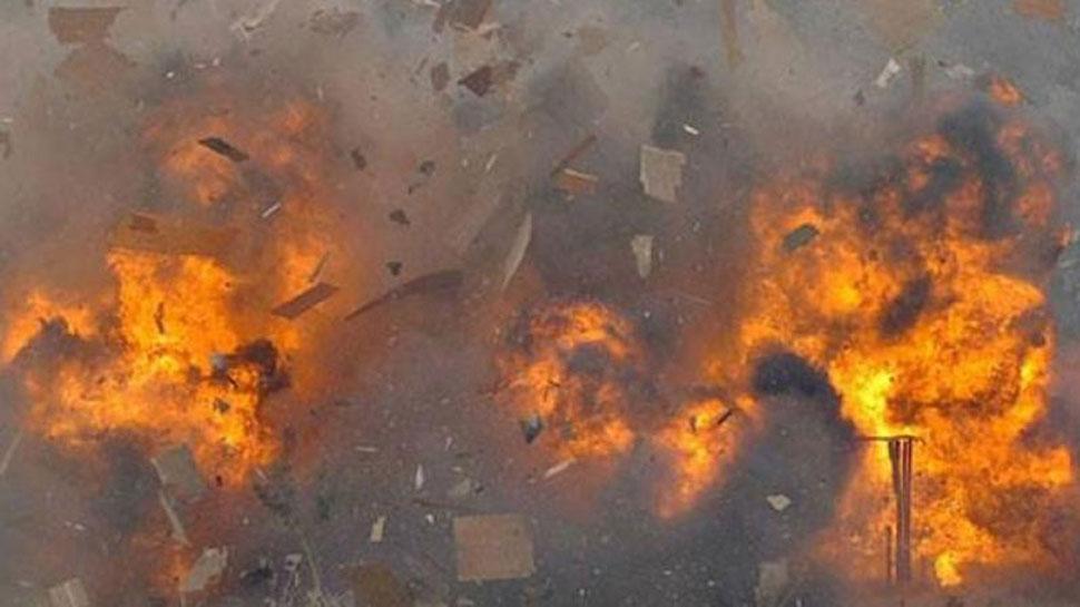 सहारनपुर में पटाकों की पैकिंग के दौरान धमाका, मकान की छत उड़ी, मां-बेटी घायल