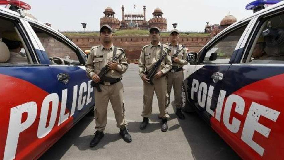 दिल्ली: विदेश में नौकरी का झांसा देकर अब तक 200 लोगों से ठगे लाखों रुपए, गिरफ्तार