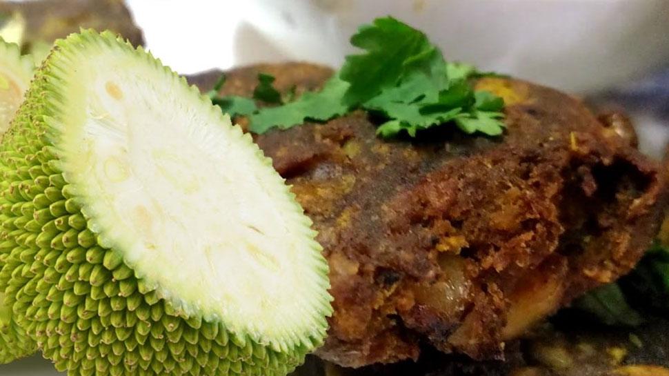 Recipe: घर पर कुछ रिफ्रेशिंग है खाना तो आज ही ट्राय करें कटहल के कबाब