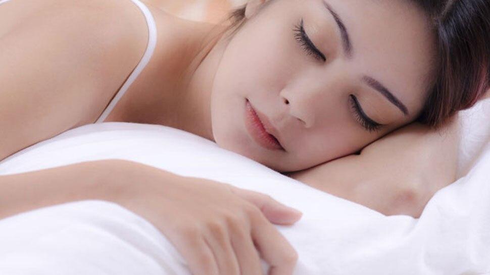 अगर रोज नहीं लेते हैं 7 घंटे की नींद, तो हो सकती है ये गंभीर बीमारी, रहें सतर्क