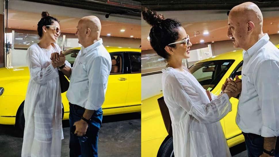 anupam kher hugs kangana ranaut at the airport photos goes viral