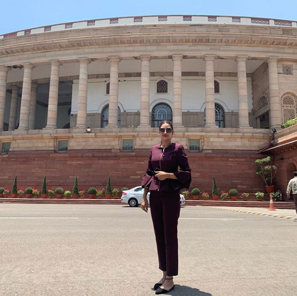 Parliament reached in western dress