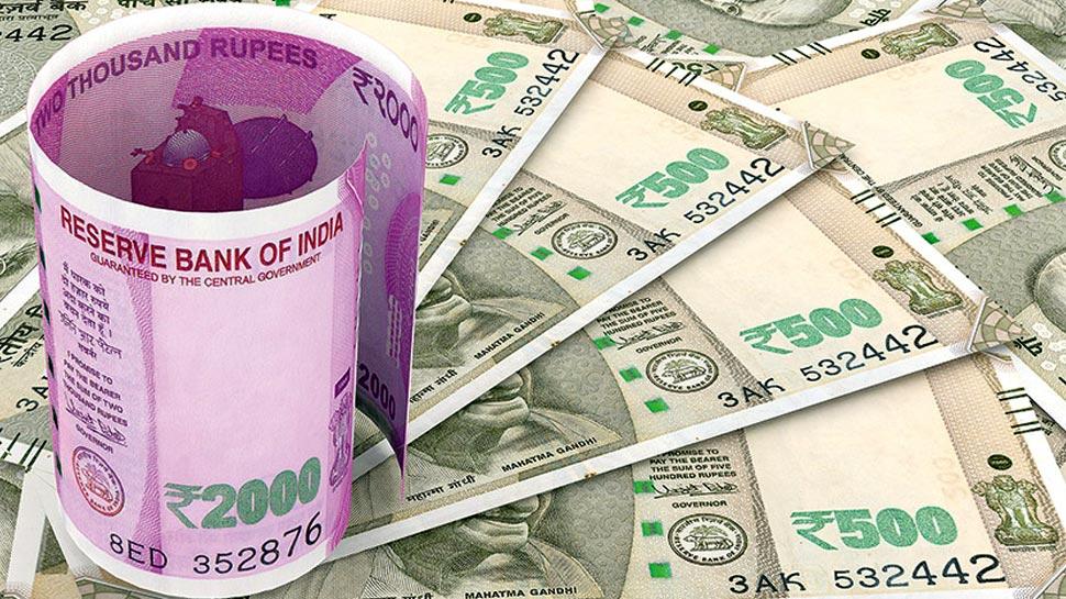डॉलर के मुकाबले रुपया 14 पैसे टूटा, दो कारोबारी सत्र में इतना टूटा