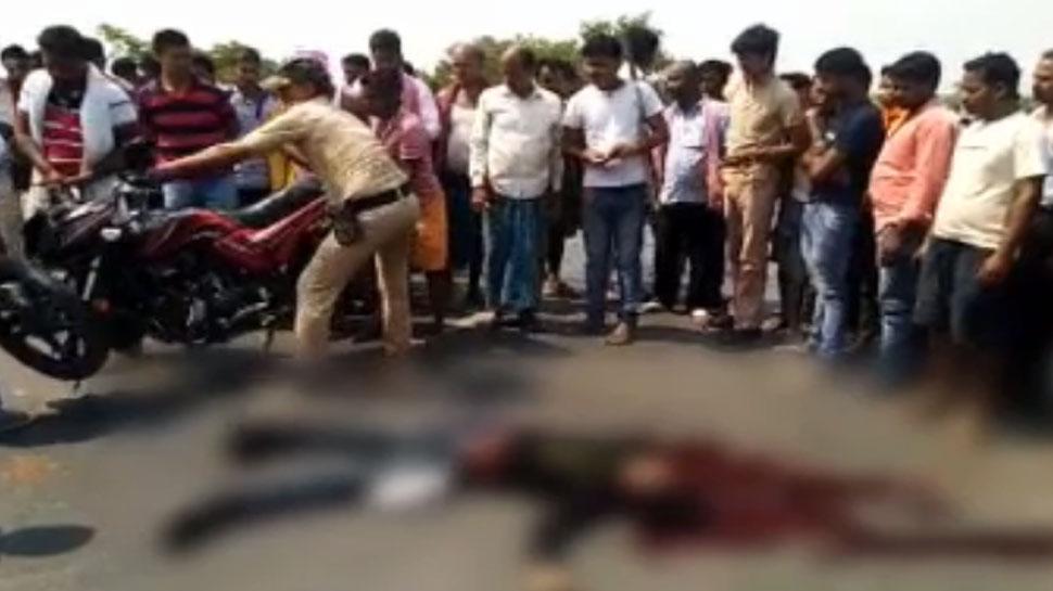 बिहारः छपरा में दर्दनाक सड़क हादसा, बोलेरो की टक्कर से बाइक सवार युवक की मौत