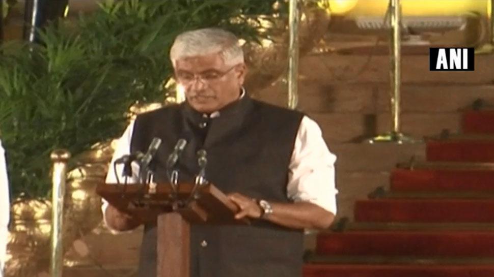 राजस्थान के गजेंद्र सिंह शेखावत ने मोदी केबिनेट में ली मंत्री पद की शपथ, जानिए उनका सियासी सफऱ
