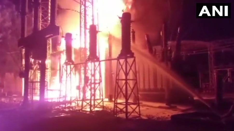 मध्य प्रदेशः इंदौर के विद्युत मंडल कार्यालय में लगी भीषण आग, कई इलाकों में ब्लैक आउट