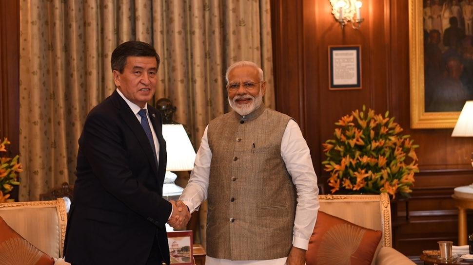 शपथ ग्रहण के तुरंत बाद PM मोदी ने शुरू किया काम, किर्गिस्तान के राष्ट्रपति से की द्विपक्षीय वार्ता