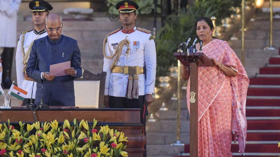 इंदिरा गांधी के बाद देश की पहली महिला वित्त मंत्री बनीं निर्मला सीतारमण