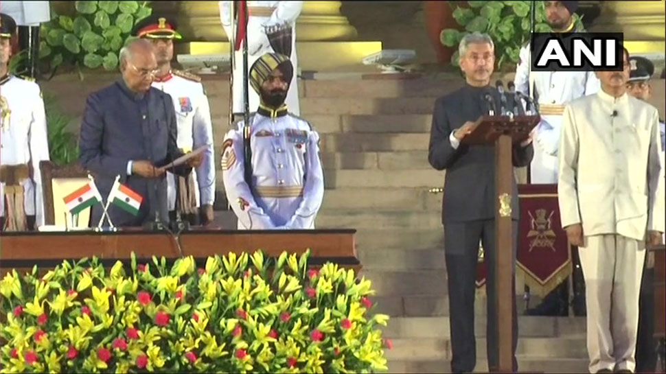 एस जयशंकर के पद संभालते ही चीन के विदेश मंत्री ने दी बधाई, कहा- मिलकर काम करेंगे
