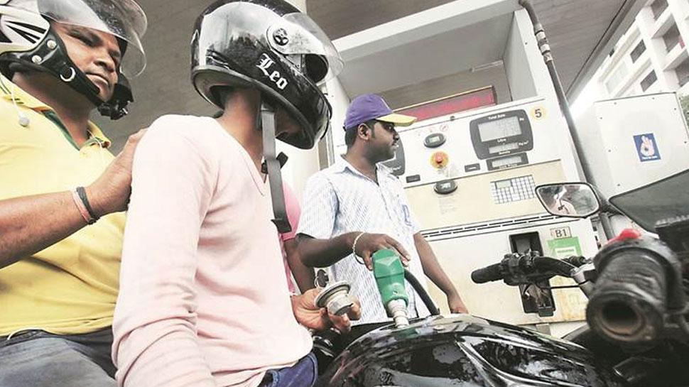 इस शहर में आज से पेट्रोल भरवाने के लिए लागू हुआ ये कड़ा नियम...