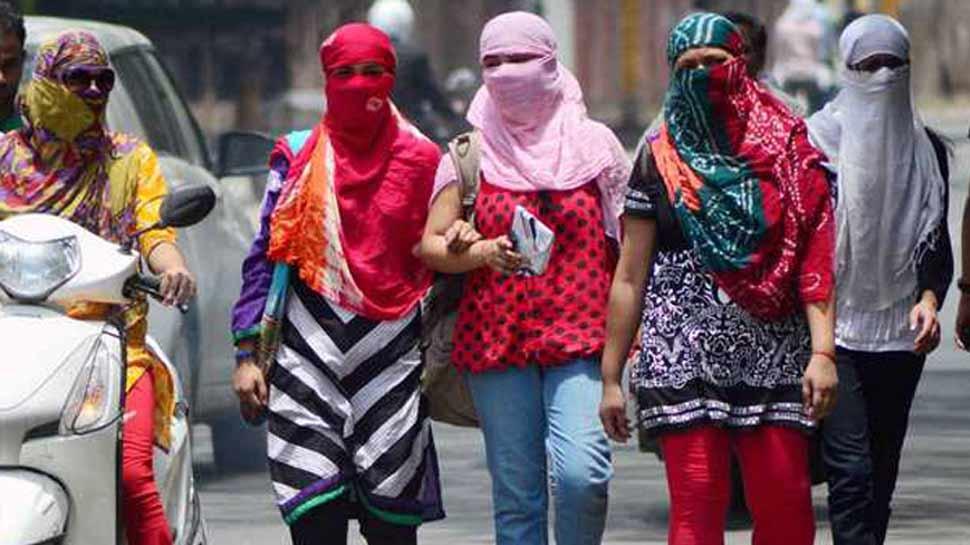 दिल्ली-NCR के लोगों के लिए मौसम लाया बुरी खबर, गर्मी को लेकर आज रेड अलर्ट
