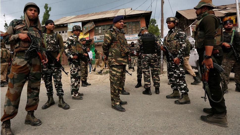 अनंतनाग में हुए फ़िदायीन हमले में सीआरपीएफ के 5 जवान शहीद , हमलावर आतंकी ढेर
