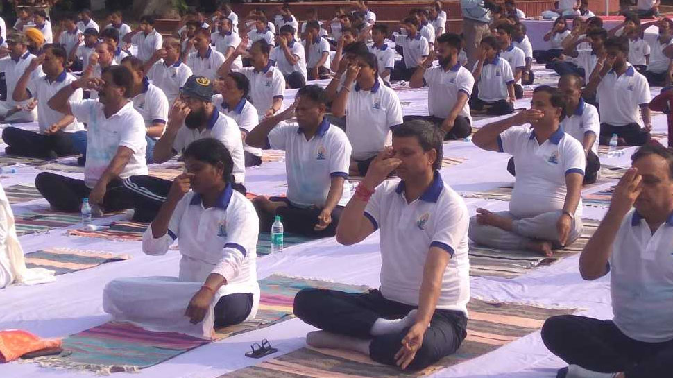 Jharkhand governor talk about yoga