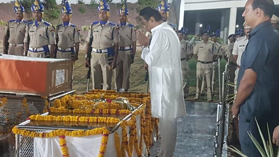 Anantnag Terrorist Attack: देवास पहुंचा शहीद संदीप यादव का पार्थिव देह, CM कमलनाथ ने दी श्रद्धांजलि
