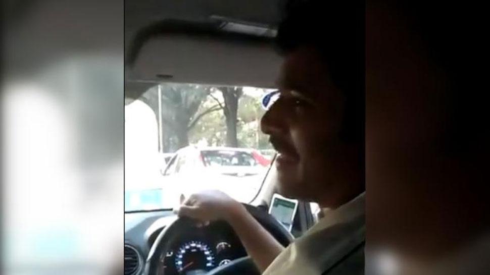 ना हिंदी, ना इंग्लिश सिर्फ संस्कृत में बात करता है ये कैब ड्राइवर, सोशल मीडिया पर वायरल हुआ VIDEO