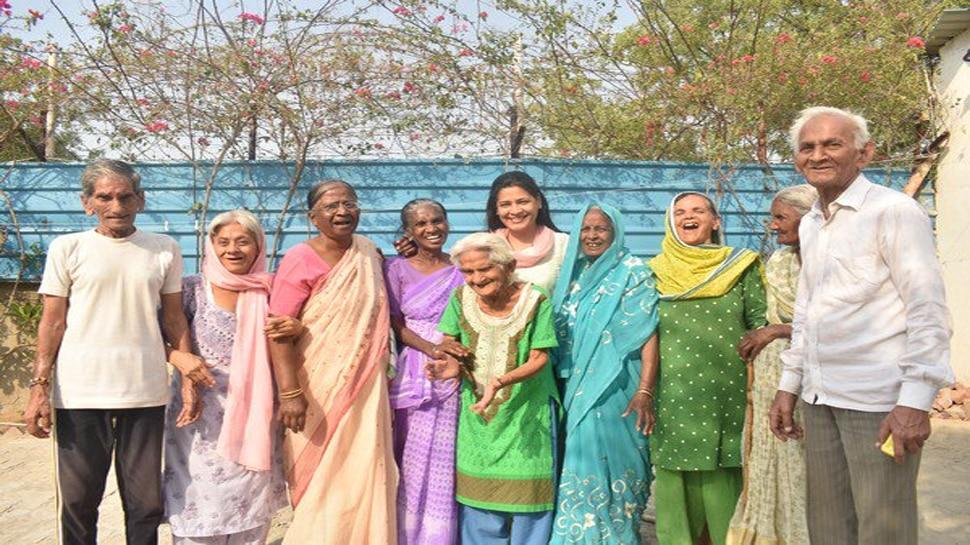 World Elder Abuse Awareness Day: दुनिया भर में 35 प्रतिशत लोग नहीं करना चाहते बुजुर्गों की सेवा- Research