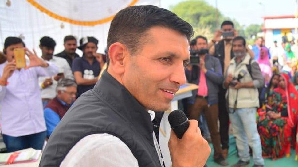 जीतू पटवारी बोले- कॉलेज में युवाओं तक गांधी पहुंचाएगी कांग्रेस, BJP ने कहा- वह सिर्फ राहुल तक सीमित
