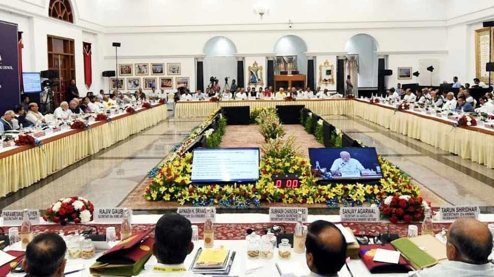 नीति आयोग की बैठक में उत्तराखंड के सीएम ने की मांग, 'राज्य को मिले ग्रीन बोनस'