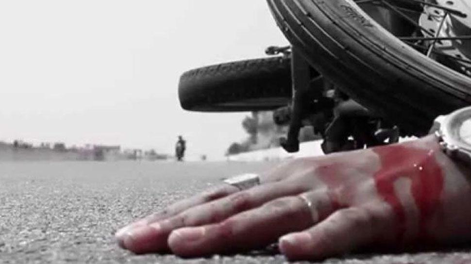 गोवा मुंबई राजमार्ग पर भीषण सड़क हादसा, पिता-पुत्र की मौत